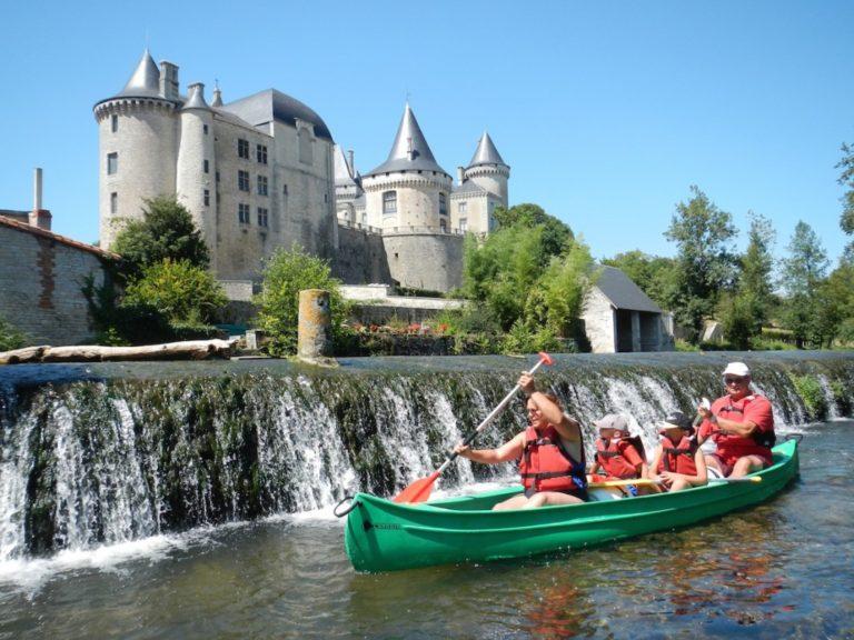 location-canoe-charente-ruffec-rejallant-Chateau-de-Verteuil-bis-1024x768